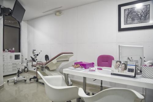 800-clinica-fertilidad-cancun-Consultorio1